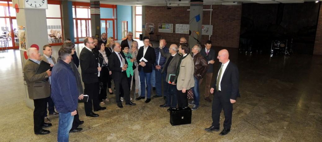Bildung hat weiter Vorfahrt – Sanierung des Gymnasium auf dem Felixhügel