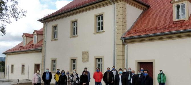 Moderne Jugendhilfe im historischen Meierhof
